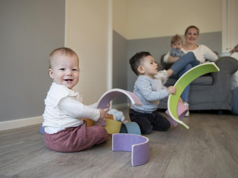 Passive toys make active children